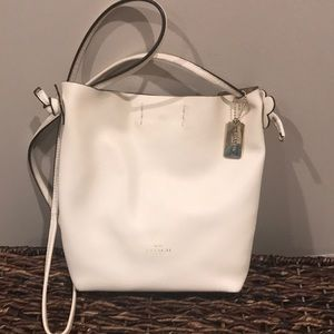 Coach Derby Crossbody bag in Chalk pebble leather